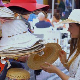 Tras terminar la temporada de verano, la Asociación de Comerciantes y Profesionales del Casco Antiguo de Marbella presenta los resultados de la encuesta que realiza cada año entre sus asociados y de la cual extraemos las siguientes conclusiones: