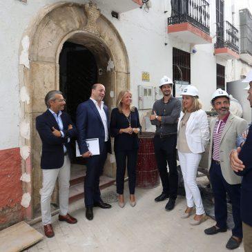 La alcaldesa destaca la apuesta inversora en el Casco Antiguo con la ejecución de un nuevo hotel boutique en la Plaza de San Bernabé