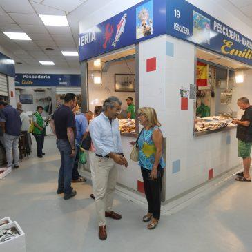 El Ayuntamiento invierte 80.000 euros en actuaciones de mejora en el mercado de Divina Pastora que culminarán con el montaje del sistema de climatización