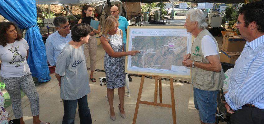El Ayuntamiento dotará de una red de abastecimiento de agua y saneamiento a la Triple A y duplicará en 2019 la subvención al colectivo