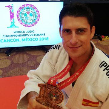 Javier suarez Bronce en el Mundial Máster de judo celebrado en Cancún.