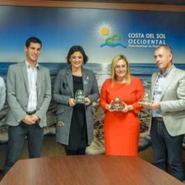 """Fuengirola, Manilva y Casares, premio """"iglú verde"""" por sus altos niveles de recogida de vidrio  •Ecovidrio premia a los tres municipios como reconocimiento a su implicación y apuesta por aumentar el reciclado de los residuos de envases de vidrio en la localidad"""