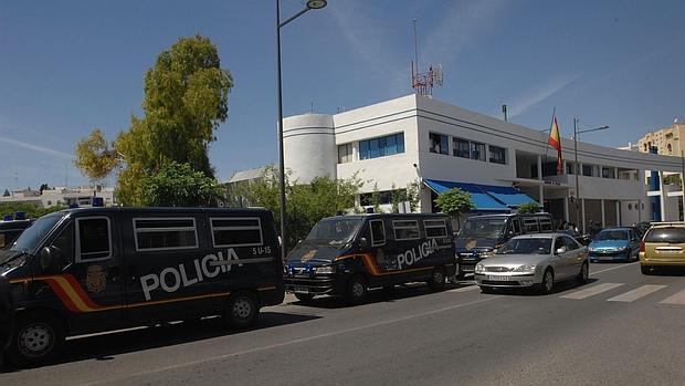 """La Policía Nacional detiene en Marbella (Málaga) a los presuntos responsables de un robo violento mediante el método """"Ronaldinho"""""""