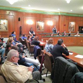El Ayuntamiento destinará una partida a iniciar el proceso de valoración y relación de los puestos de trabajo de los empleados municipales