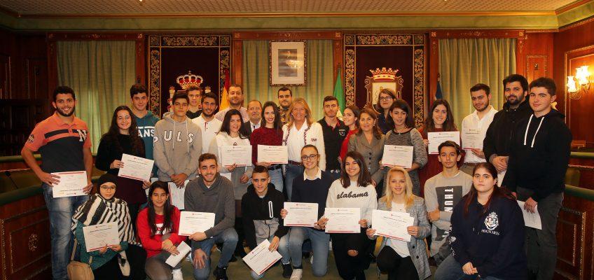 Un total de 35 jóvenes han participado en los cursos impartidos por Cruz Roja dentro del programa de ocio y gestión del tiempo libre Activa Marbella