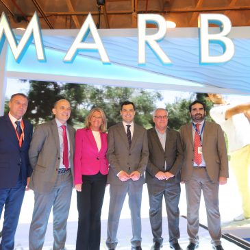 """El presidente andaluz destaca """"la excelencia de la oferta turística de Marbella y su contribución como marca de España"""""""