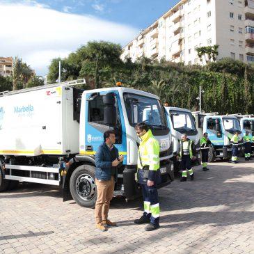 """Limpieza incorpora a su flota nueve vehículos de baldeo """"para incrementar la operatividad y eficacia del servicio"""""""