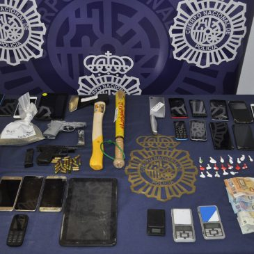"""La red de venta y distribución se extendía por las localidades malagueñas de Torremolinos y Benalmádena La Policía Nacional detiene a  12 personas en Torremolinos (Málaga) por tráfico de drogas al """"menudeo"""""""