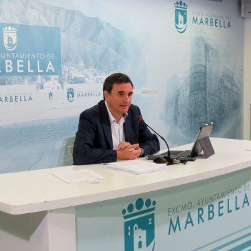 La Junta de Gobierno Local da luz verde a la uniformidad en el sector del taxi de Marbella para la mejora de la calidad del servicio