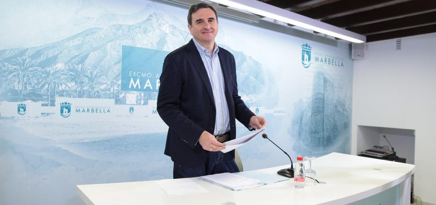Los ciudadanos empadronados en Marbella podrán solicitar desde el próximo jueves la Tarjeta Municipal de Movilidad para el uso gratuito del autobús urbano a partir del 1 de abril