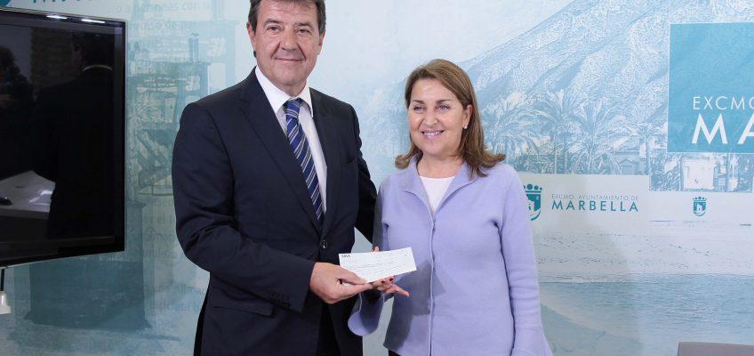 Casino Marbella entrega al Ayuntamiento el valor de las fichas extraviadas en el año 2018 que se destinará a proyectos sociales