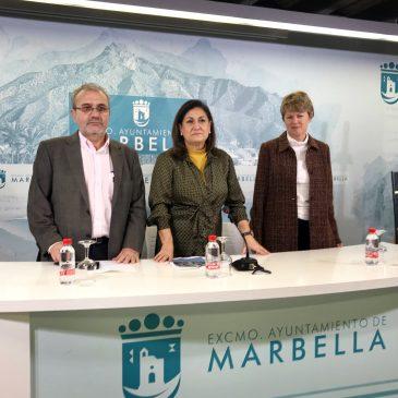 El taller pedagógico '¡Qué historias tiene Marbella en los años 70 y 80!' busca sumergir al alumnado de los institutos en la riqueza del Archivo Histórico Municipal y estimular su creatividad