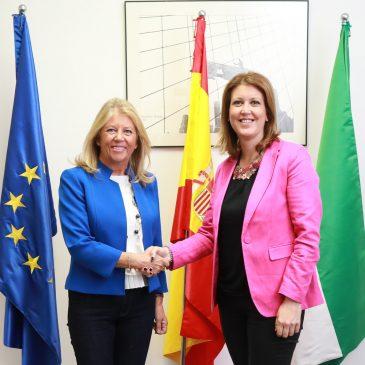 El Ayuntamiento firma un convenio con la Consejería de Fomento para gestionar las solicitudes y distribuir las subvenciones  destinadas a la rehabilitación de viviendas en el municipio