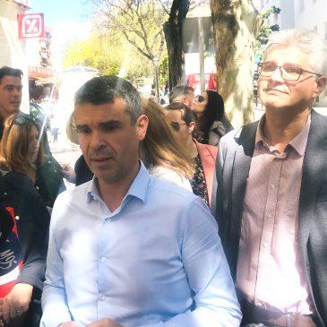 EL PSOE SE HACE ECO DE LA RECLAMACIÓN DE LOS VECINOS DE MIRAFLORES QUE DENUNCIAN EL CAOS EN LAS LÍNEAS DE AUTOBUSES