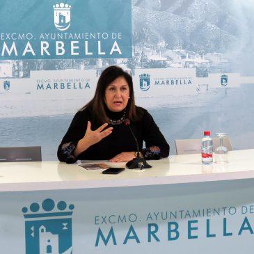 Los escritores Marta Sanz, Vicente Molina Foix y Félix de Azúa acercarán a Marbella esta semana sus bibliotecas personales en un ciclo con motivo del Día del Libro