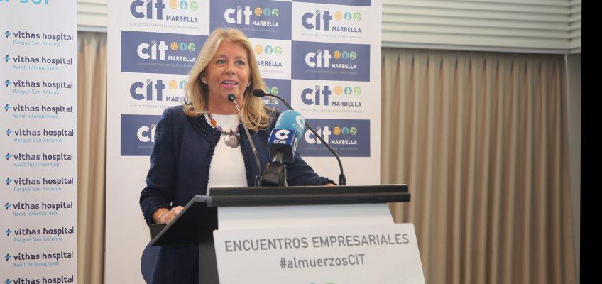 """La alcaldesa destaca en el almuerzo del CIT """"la solvencia económica y la apuesta por servicios públicos de calidad"""" y afirma que el nuevo PGOU """"abrirá grandes posibilidades de desarrollo"""""""