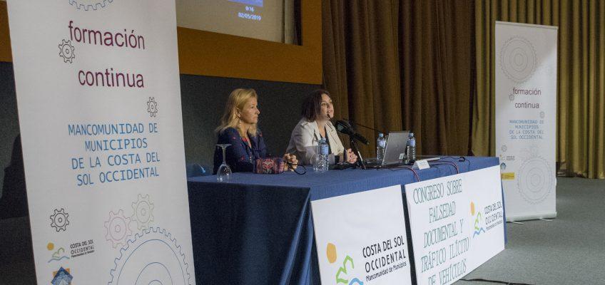 La Mancomunidad organiza un congreso sobre falsedad documental y tráfico ilegal de vehículos  •Expertos internacionales imparten ponencias durante dos días en el Palacio de Congresos de Torremolinos
