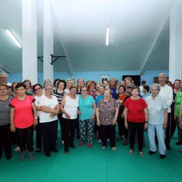 La alcaldesa anima a los ciudadanos a participar en las actividades deportivas municipales