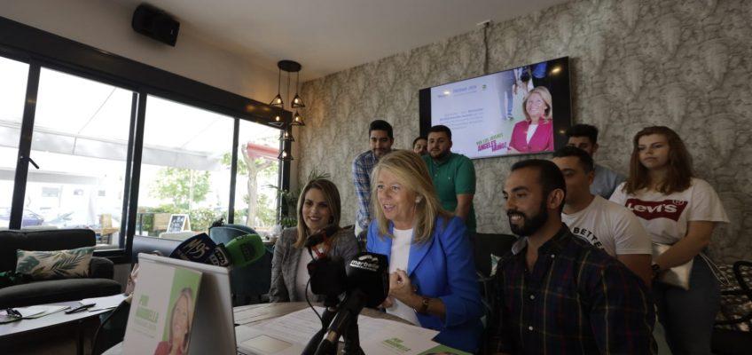 Ángeles Muñoz propone ayudas a la obtención del permiso de conducir a jóvenes desempleados entre otras medidas de su ambicioso programa joven