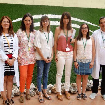 La unidad de Formación de la Agencia Sanitaria Costa del Sol renueva la certificación de calidad por su trabajo   Este servicio gestiona anualmente más de 1.000 actividades for-mativas al año para los más de 2.000 profesionales de los centros de Marbella, Benalmádena y Mijas
