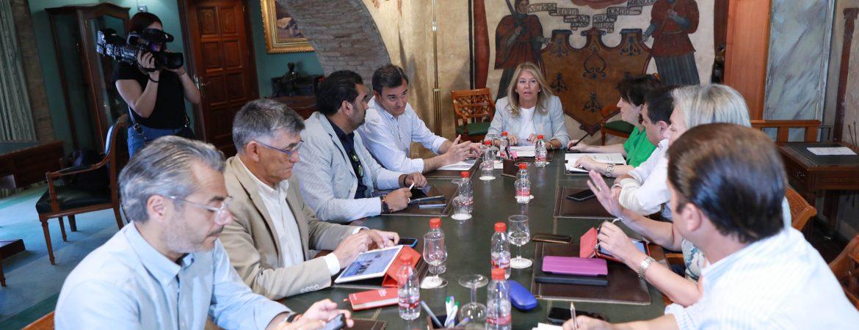 La Junta de Gobierno Local celebra la primera sesión del nuevo mandato e incorpora a los ediles Manuel Cardeña y Diego López