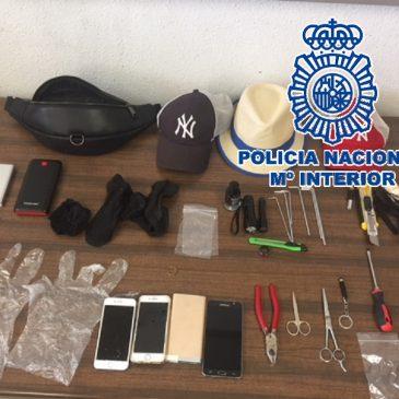 """En el marco de la operación Kimuri desarrollada en Málaga La Policía Nacional desarticula un grupo criminal especializado en robos en viviendas por el método """"bumping"""""""