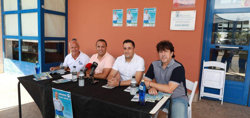 San Pedro Alcántara rinde homenaje a la figura de Miguel Medinilla con un especial de las 24 Horas Deportivas que llevará su nombre El evento de fútbol 11 se desarrollará hoy y mañana en el Estadio Municipal con la participación de más de veinte equipos