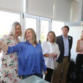 Quirónsalud Marbella incorpora la Campana de los Sueños de la AECC en su Hospital de Día  Durante la presentación varios pacientes oncológicos del Hospital que han terminado su tratamiento hicieron sonar la campana, símbolo de alegría, fuerza y esperanza.