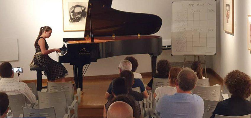 Leyre María Peula y Petra Mitrovikj, ganadores ex aequo, del V Concurso Internacional de Música de Marbella 'Estrellas en ascenso'